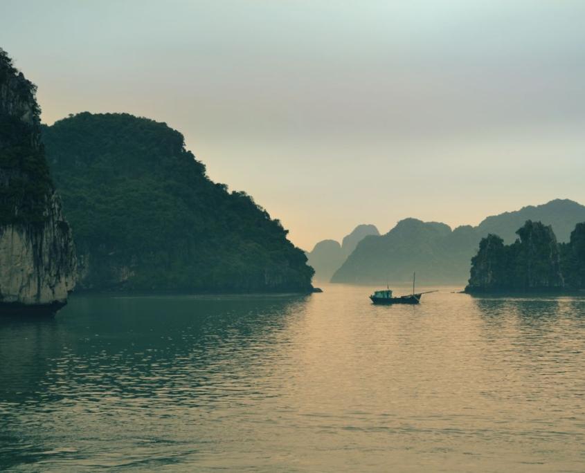 foto barca viaggio oriente