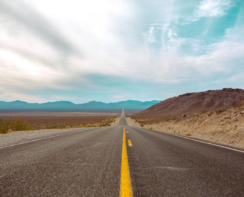 Strada nel deserto di Viaggio in America